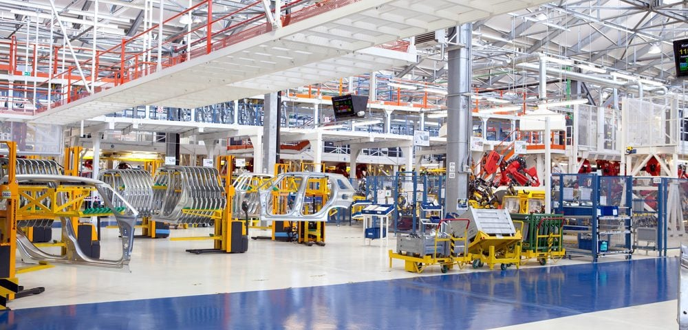 How to Apply an Epoxy Flooring System in Your Factory